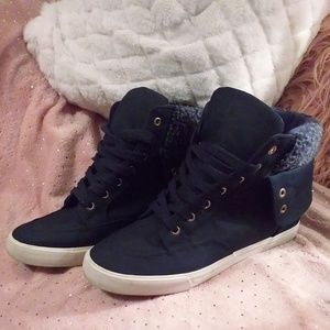 Shoedazzle Navy wedge high top sneakers, sz 11